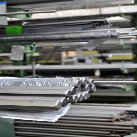 Stahlbau IWUP Zuschnitt Verkauf